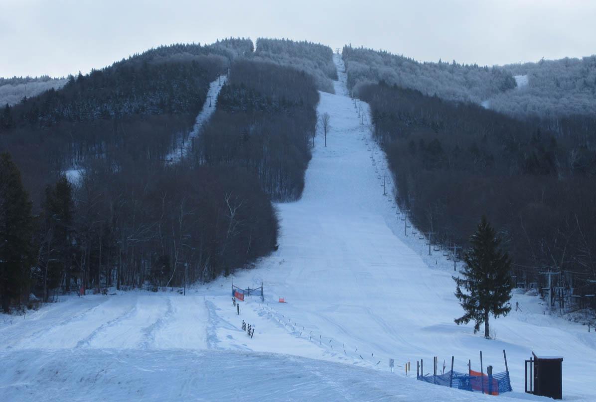 Magic-Mountain_ski_resort