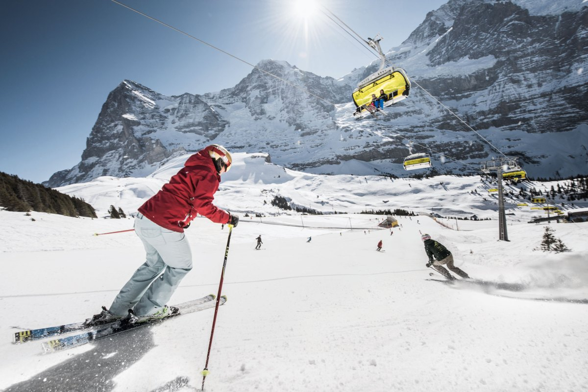 Ski4Kids_Freude-Herrscht_Jungfrauregion_Skifahren_Sessellift