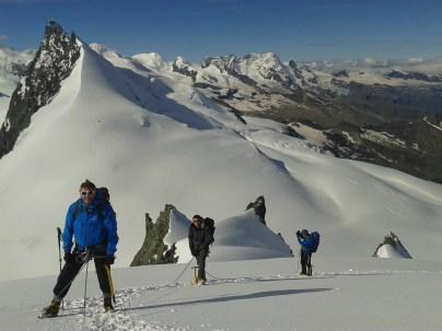 Swiss Peaks Intro Alpine