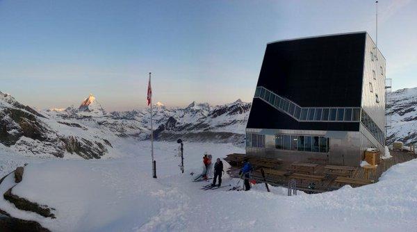 Monta Rosa Hut ski tour