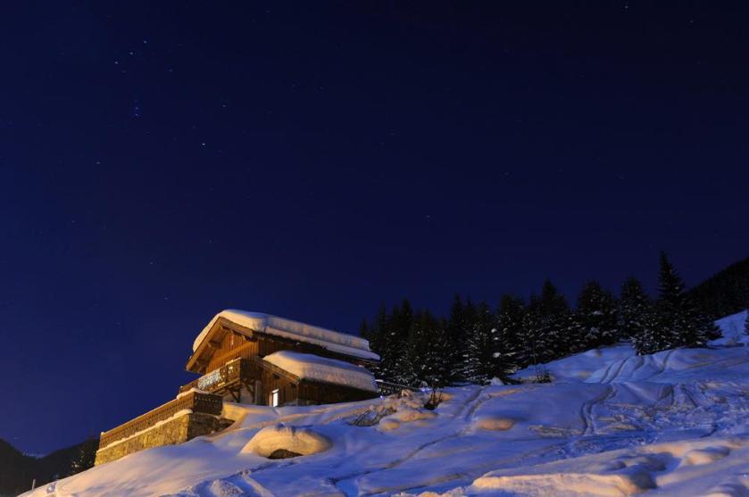 Barragiste by Night