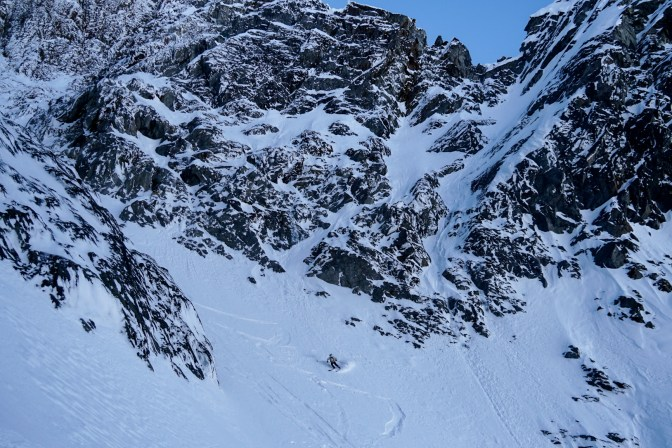 Hans skiing the lower Big Chasm