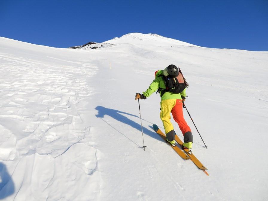 Joel ski crampon'ing up