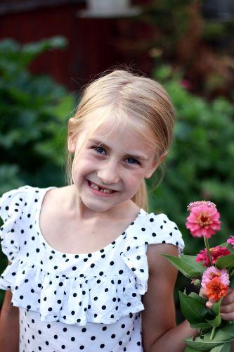 little-zinnia-girl