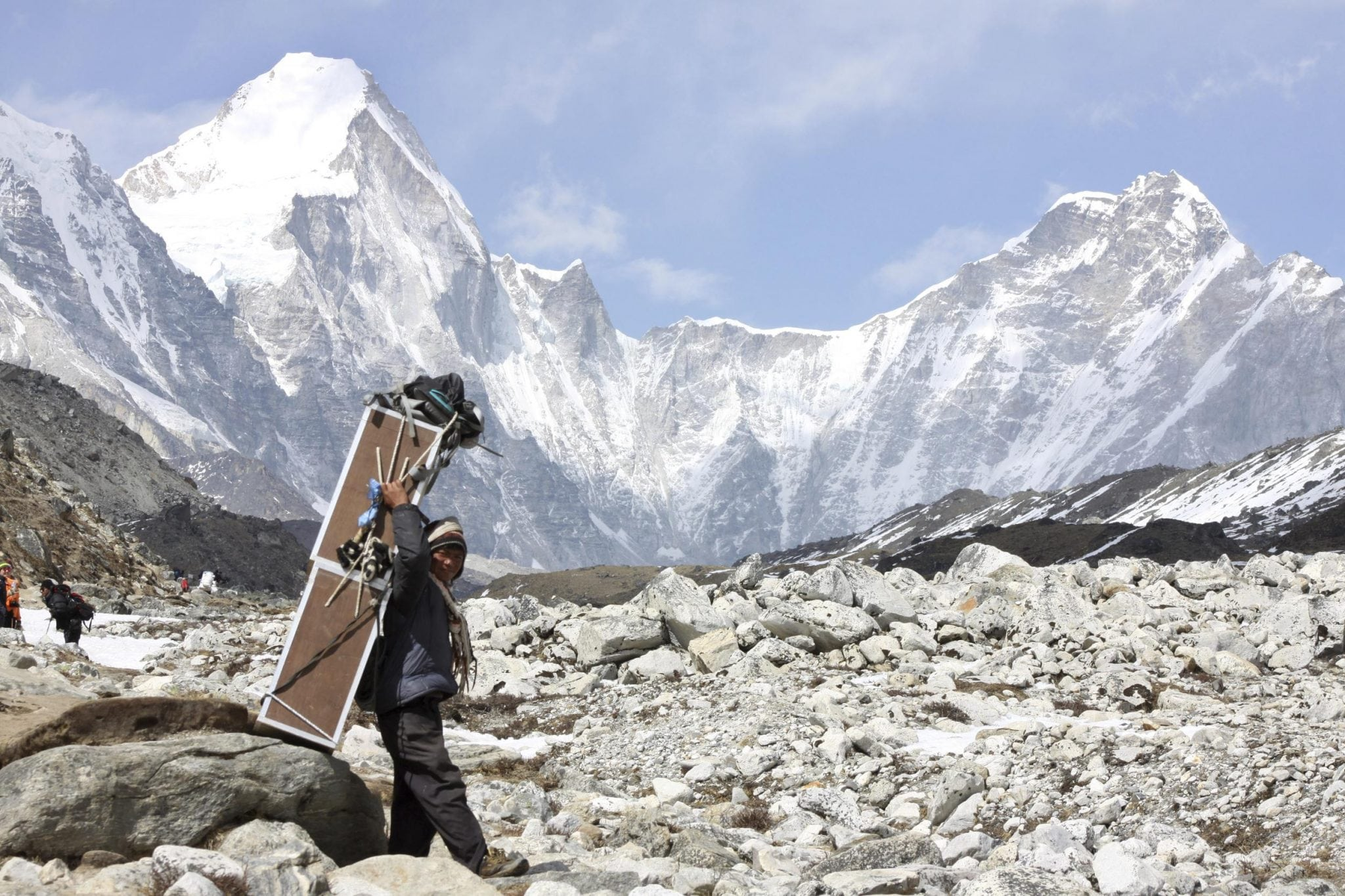 Mount Everest To See Record Number Of Climbers Skift