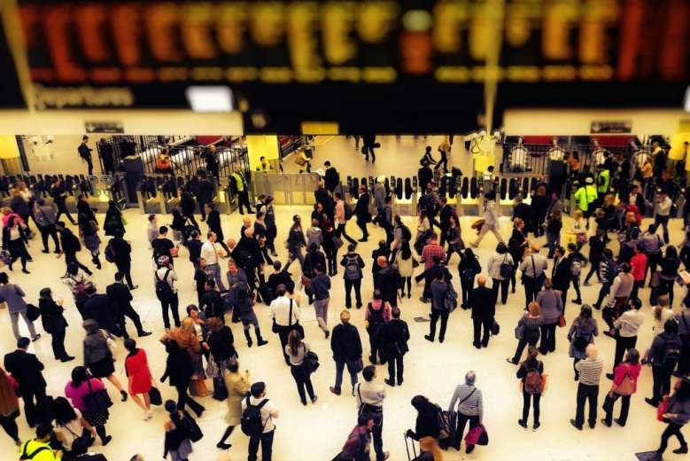 What New UK Statistics Tell Us About the Gender Pay Gap in Travel