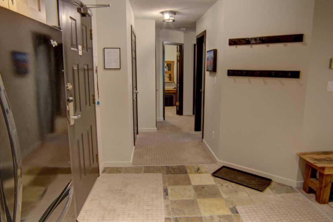 3 Bedroom Powderhorn Blackcomb Benchlands (19)