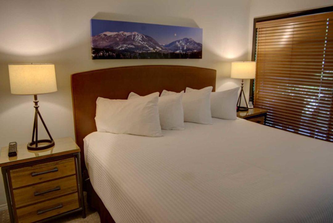 3 Bedroom Powderhorn Blackcomb Benchlands (25)