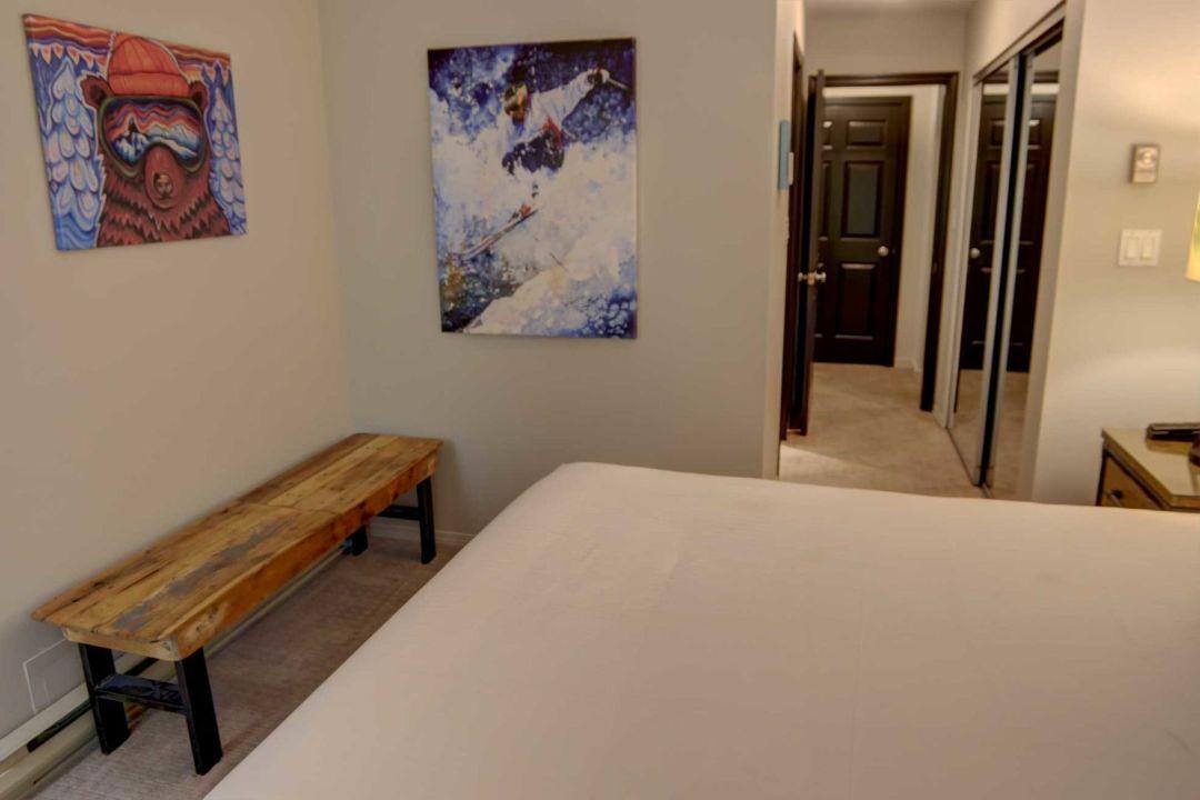 3 Bedroom Powderhorn Blackcomb Benchlands (26)