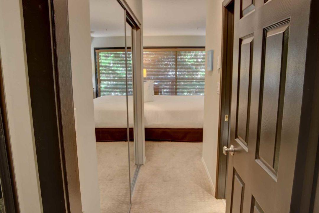 3 Bedroom Powderhorn Blackcomb Benchlands (27)