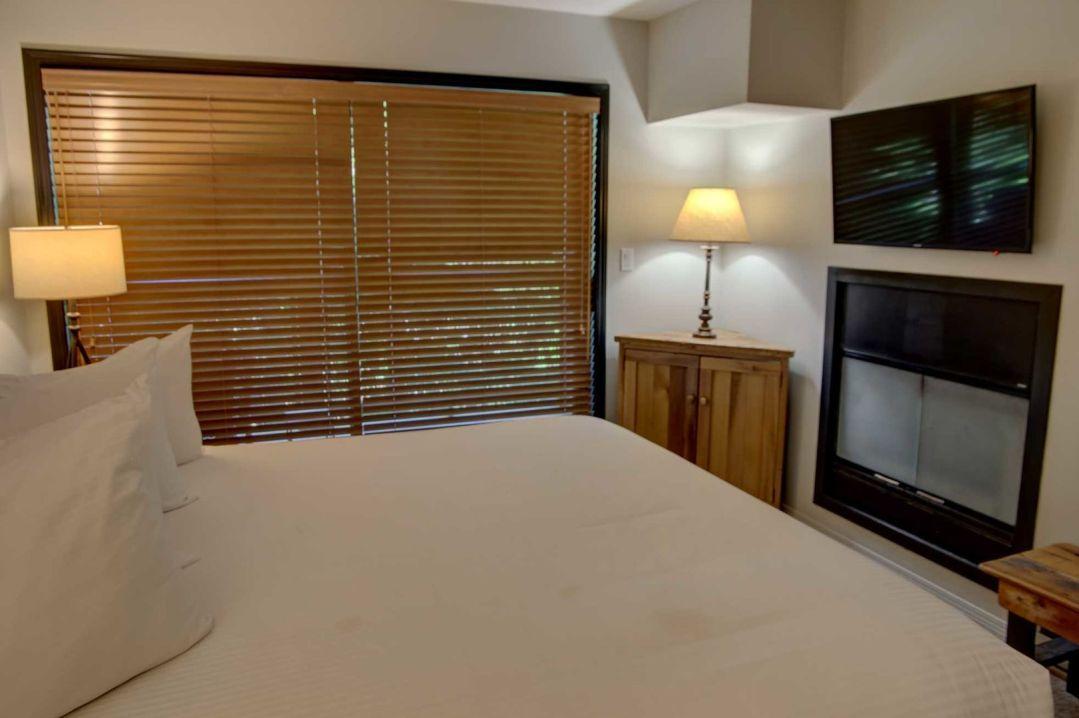 3 Bedroom Powderhorn Blackcomb Benchlands (29)