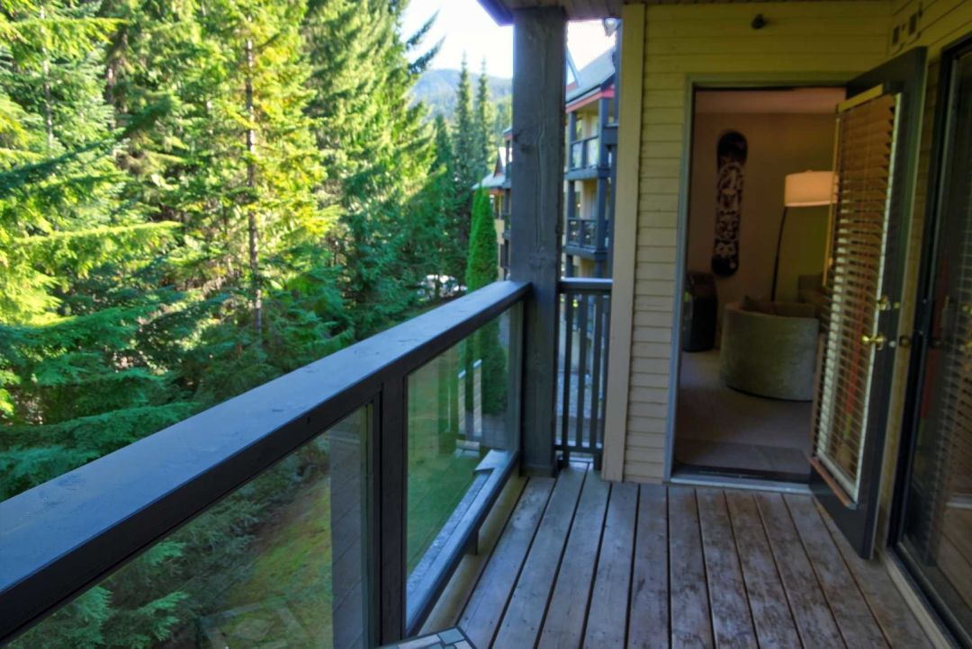 3 Bedroom Powderhorn Blackcomb Benchlands (30)
