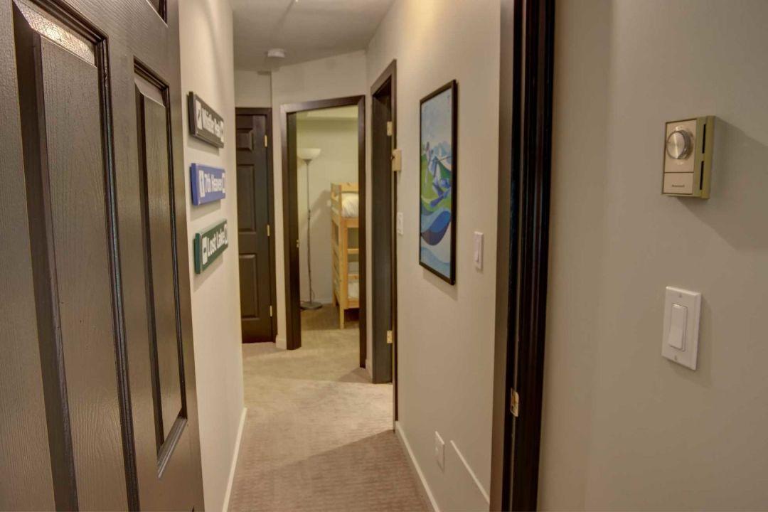 3 Bedroom Powderhorn Blackcomb Benchlands (9)