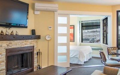 2 Bedroom Whistler Village Apartment Carleton Lodge 304