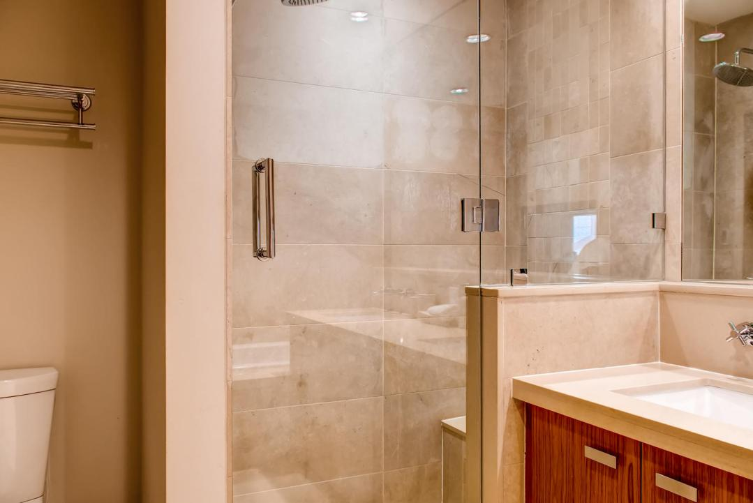 4 Bedroom Fitzsimmons Walk Whistler Luxury Rental (33)