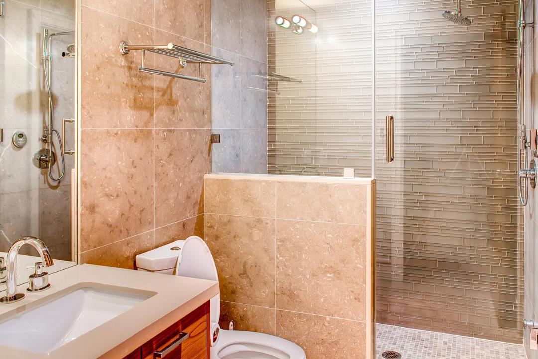 4 Bedroom Fitzsimmons Walk Whistler Luxury Rental (40)