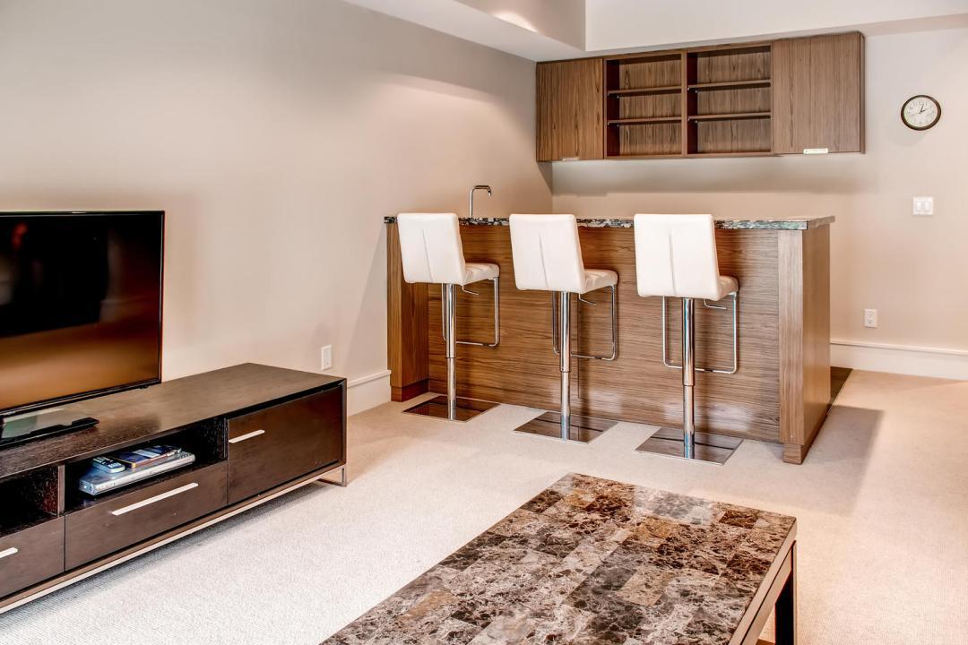 4 Bedroom Fitzsimmons Walk Whistler Luxury Rental (42)