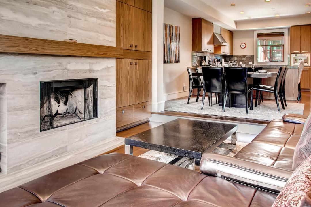 4 Bedroom Fitzsimmons Walk Whistler Luxury Rental (57)
