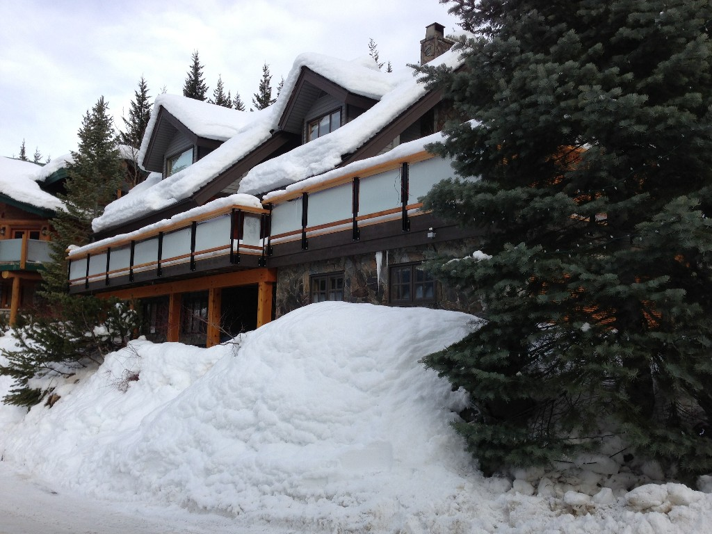 5 Bedroom Snowridge Whistler Ski In Ski Out (10)