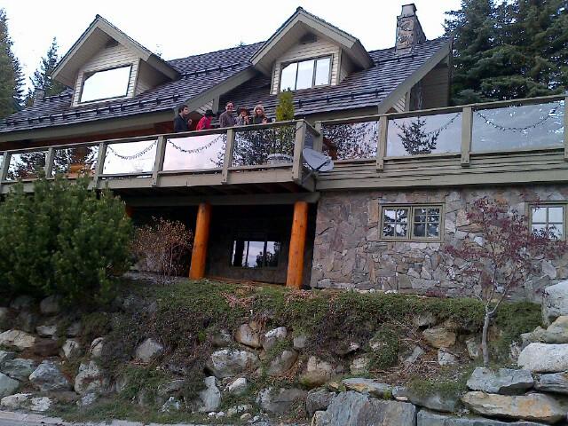 5 Bedroom Snowridge Whistler Ski In Ski Out (14)