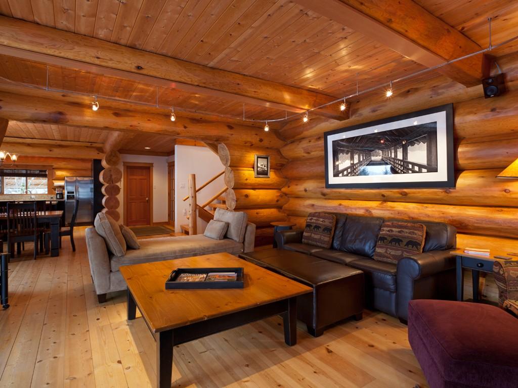 5 Bedroom Snowridge Whistler Ski In Ski Out (5)