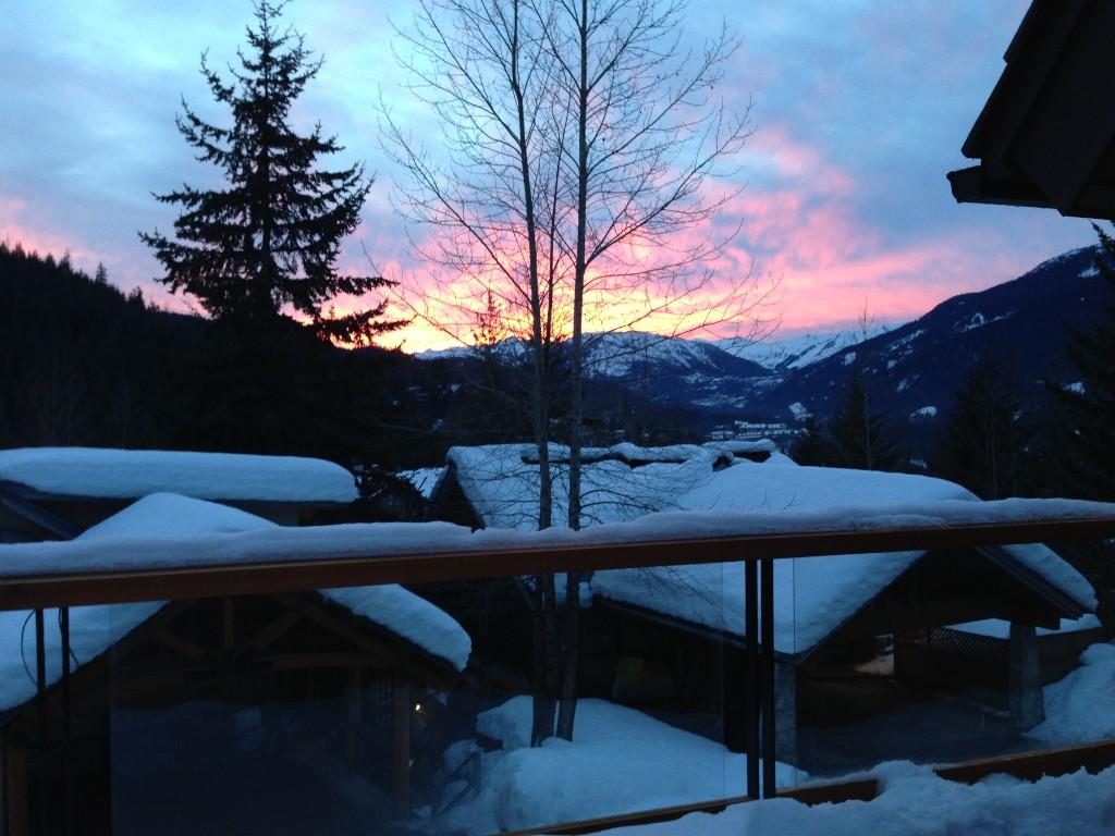 5 Bedroom Snowridge Whistler Ski In Ski Out (7)