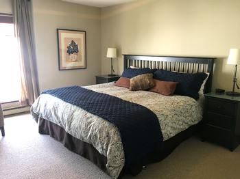 5 Bedroom Whistler Village Accommodation Snowy Creek KBed