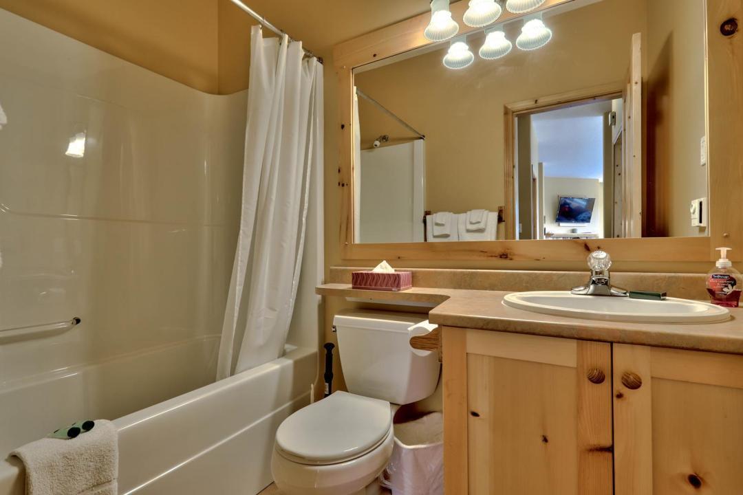 Crystal Forest 4 Bedroom Unit #50 BATH