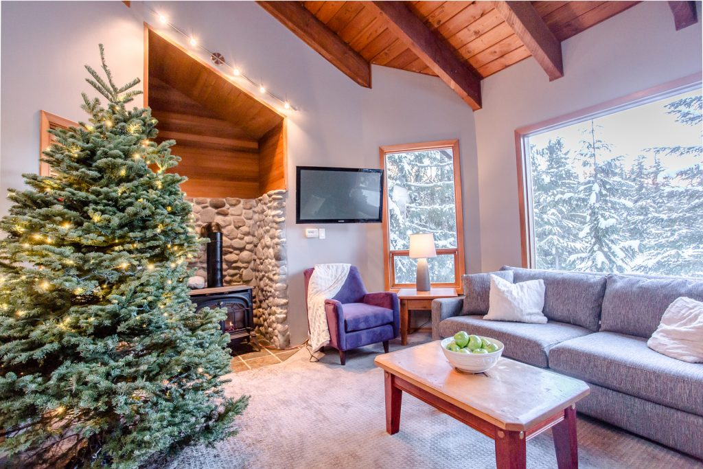 7 Bedroom Whistler Village Home (25)
