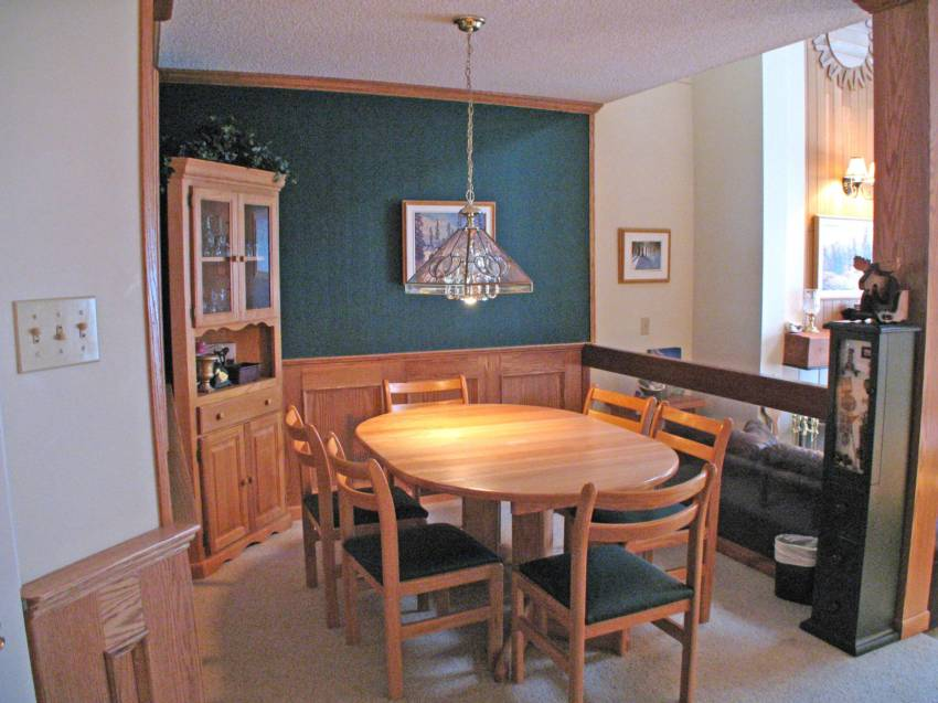 Whistler Village Accommodation 3 Bedroom the Gables