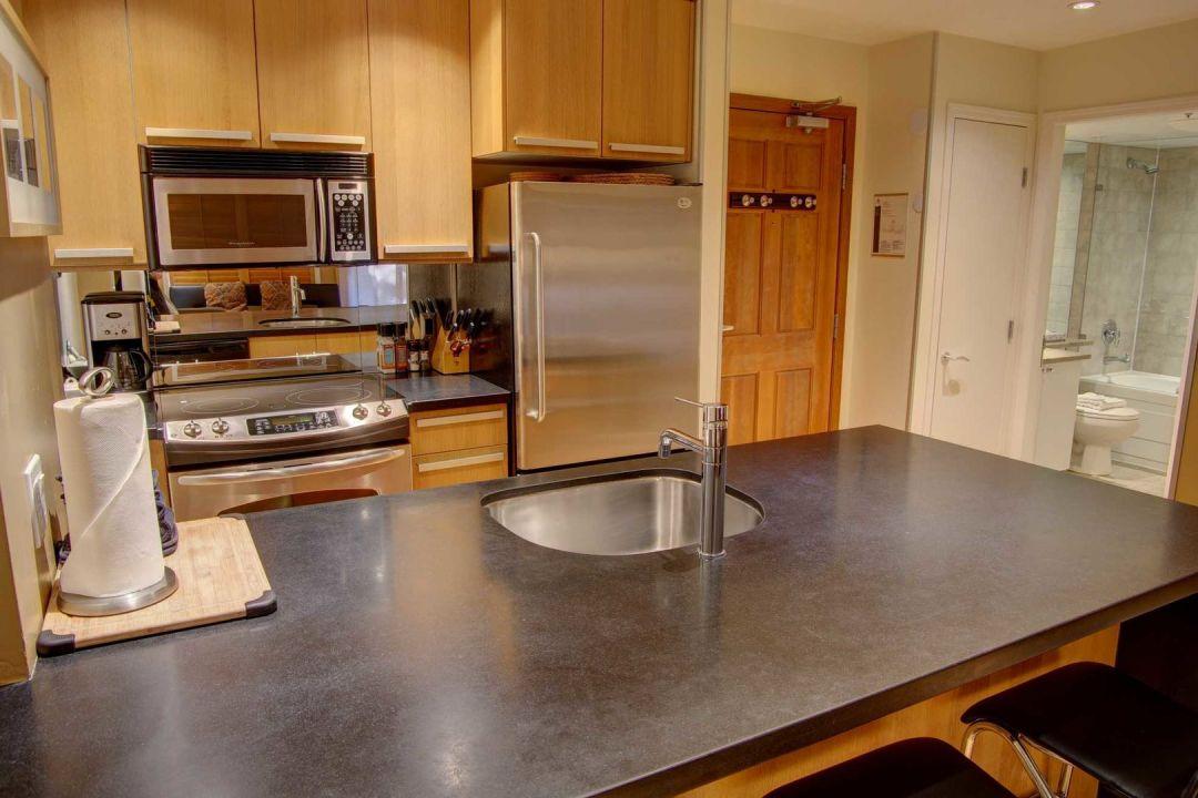 Aspens 1 Bedroom Unit 113 KIT2