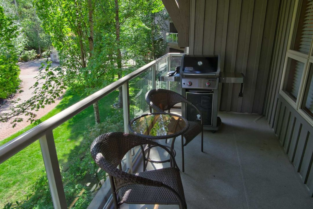 Aspens 1 Bedroom Unit 204 BBQ