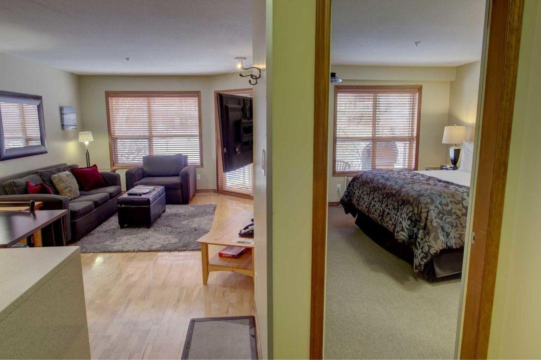 Aspens 1 Bedroom Unit 205 HALL
