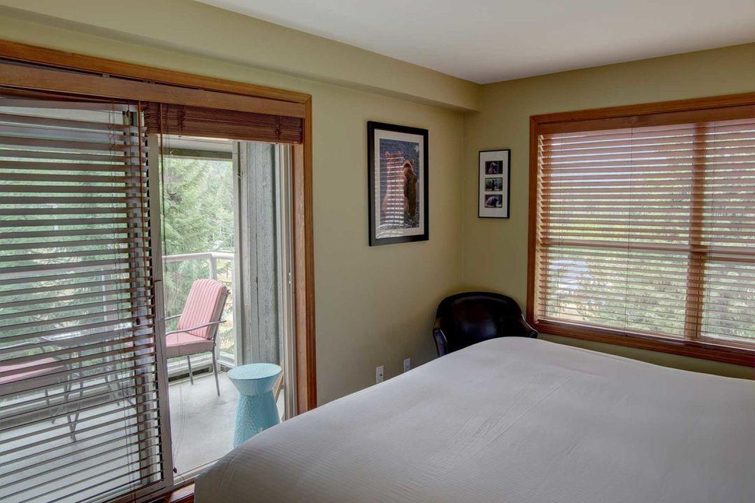Aspens 1 Bedroom Unit 209 BR3