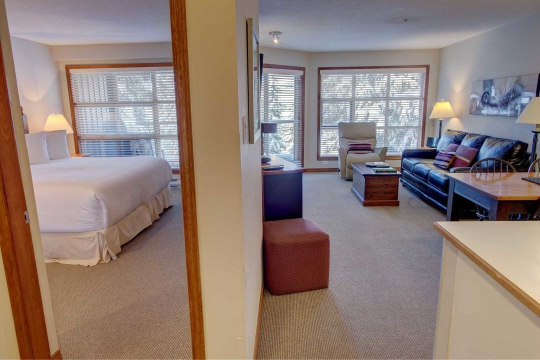 Aspens 1 Bedroom Unit 415 HALL