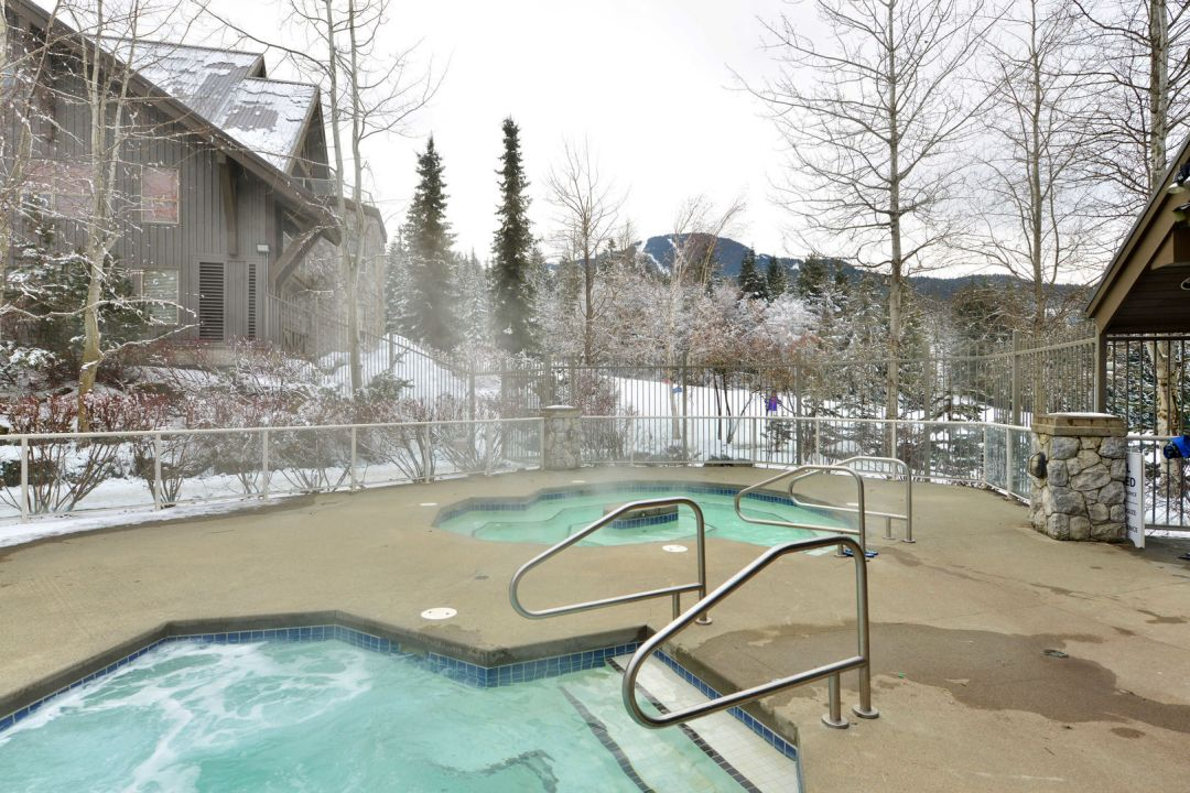 Aspens 1 Bedroom Unit 417 HT2