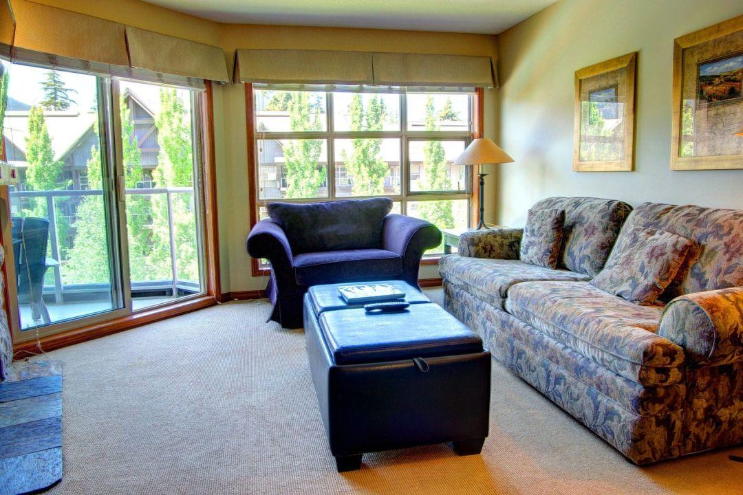 Aspens 1 Bedroom Unit 461 LR