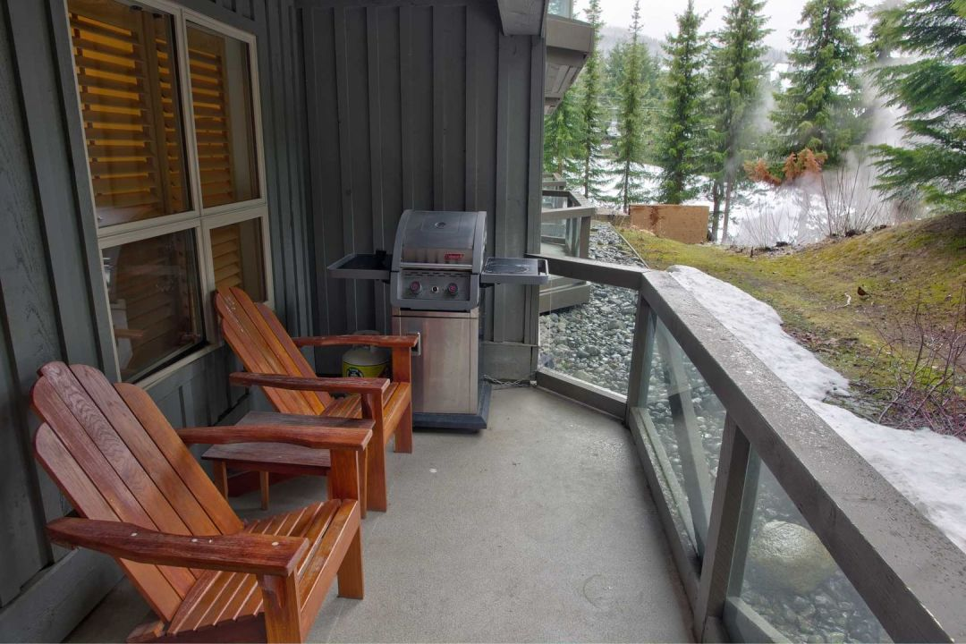 Aspens 2 Bedroom Unit 112 BBQ