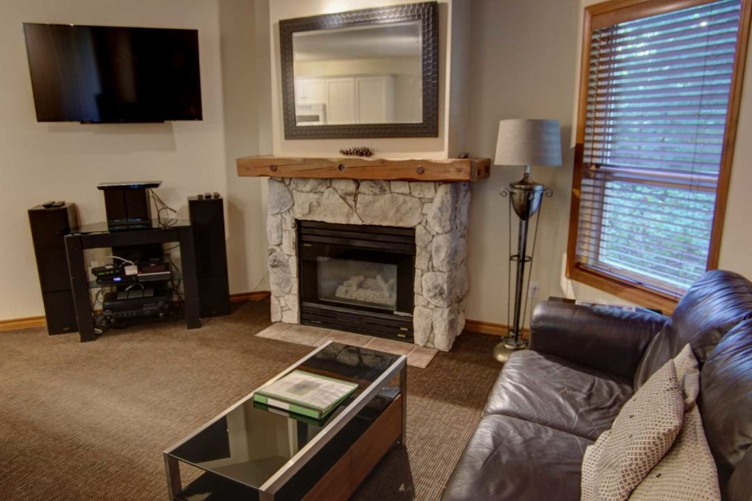 Aspens 2 Bedroom Unit 127 LR2