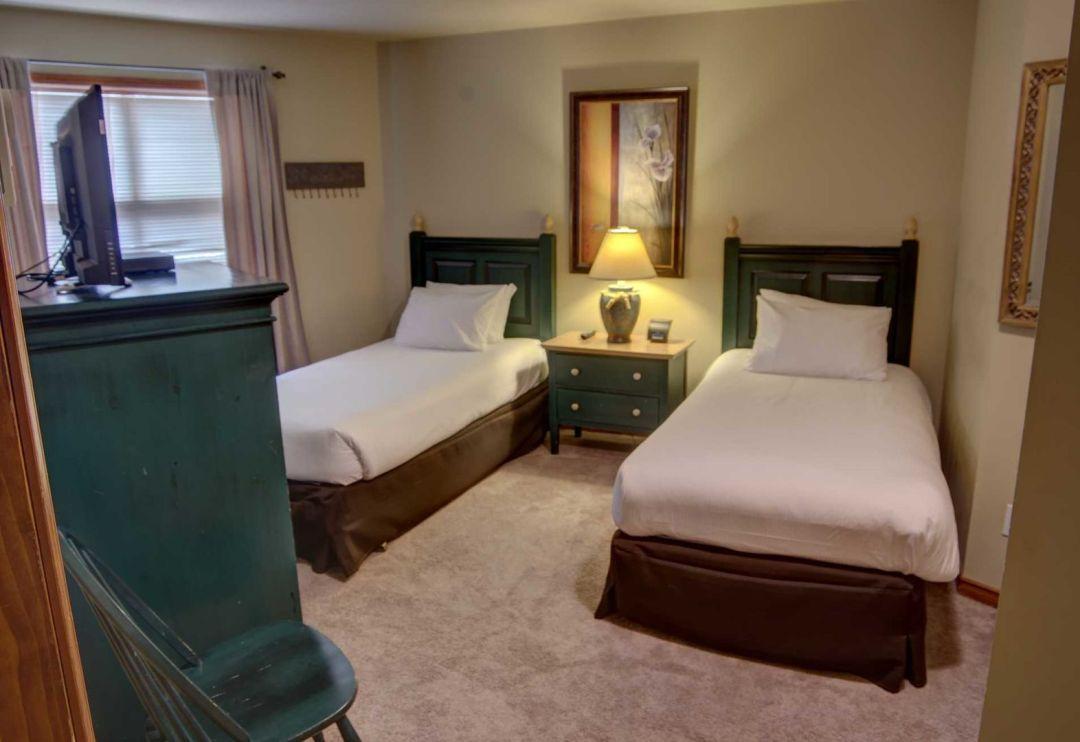 Aspens 2 Bedroom Unit 132 BR2