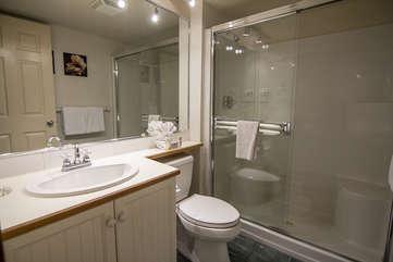 Aspens 2 Bedroom Unit 439 BATH