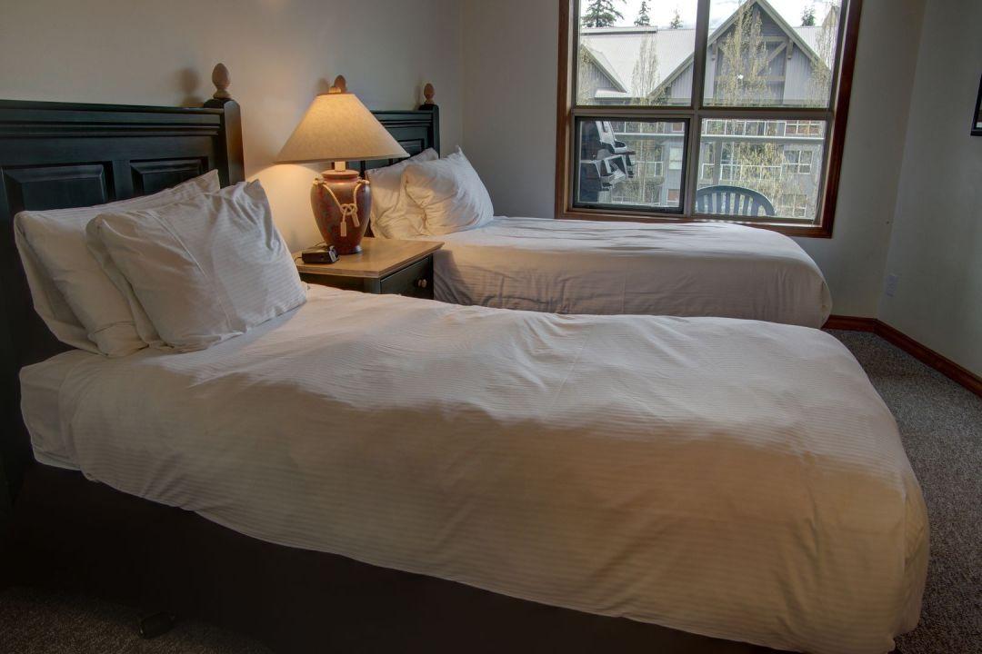 Aspens 2 Bedroom Unit 460 BR2