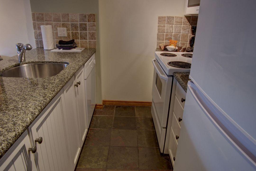 Aspens 2 Bedroom Unit 460 KIT2