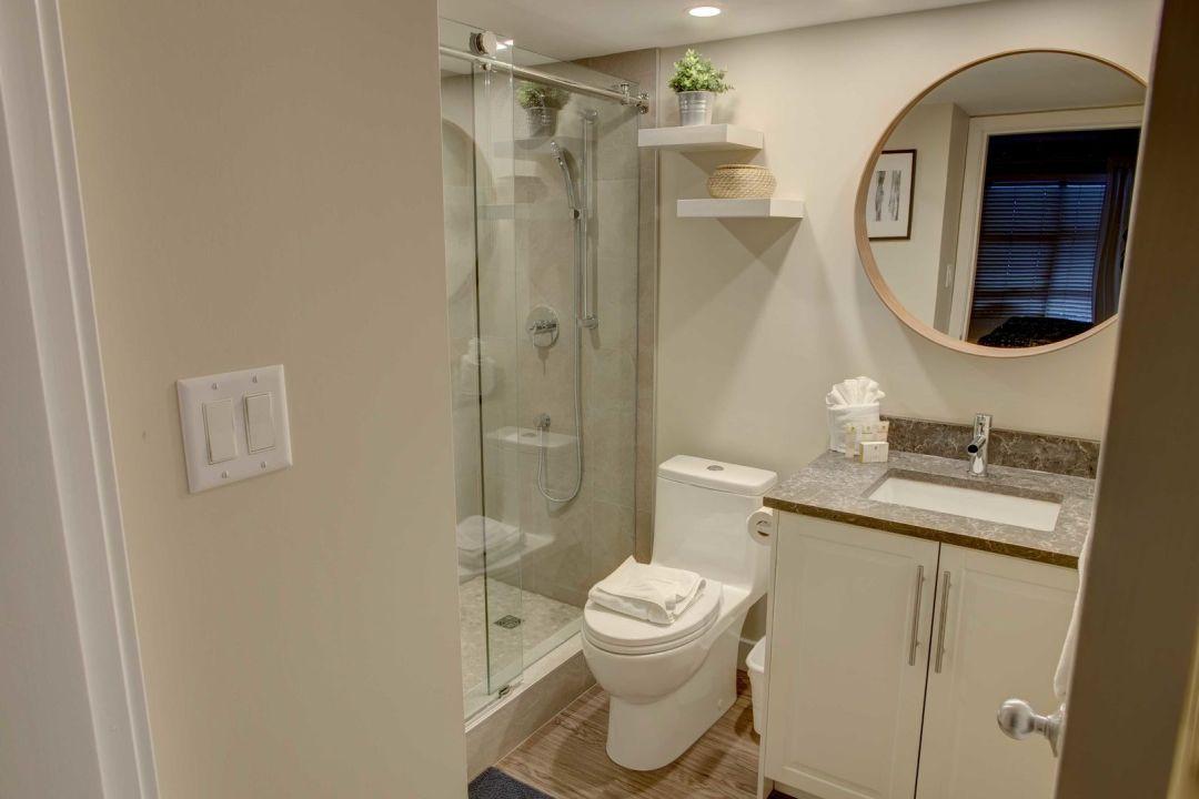 Aspens 2 Bedroom Unit 548 BATH1