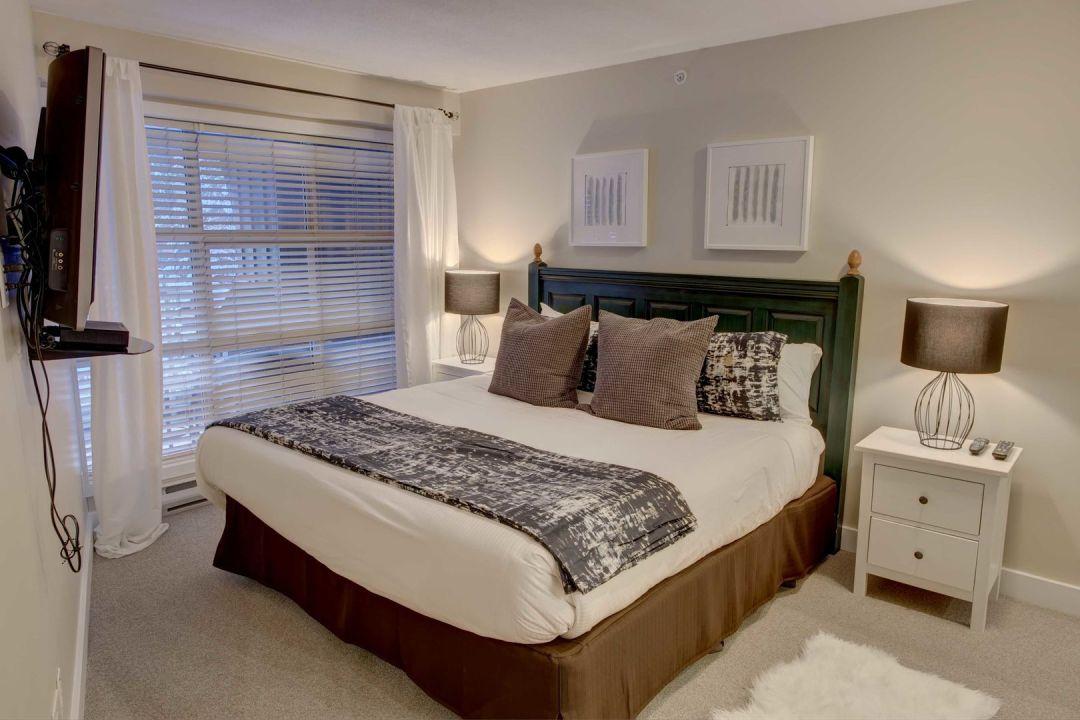 Aspens 2 Bedroom Unit 548 BR1