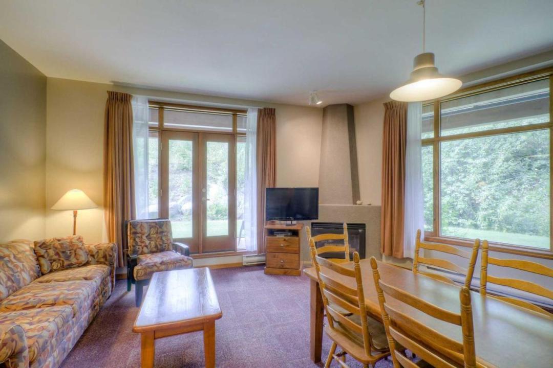 Cahilty Hotel & Suites Studio 1 Bedroom LR