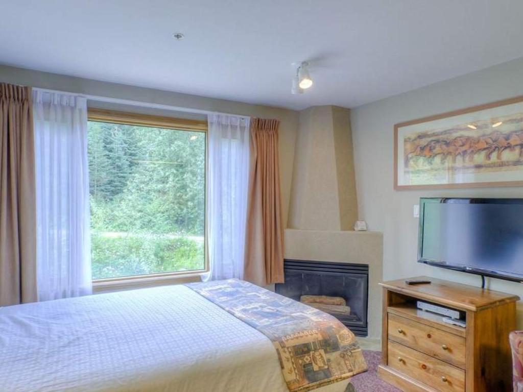 Cahilty Hotel & Suites Studio w Kitchenette - BR