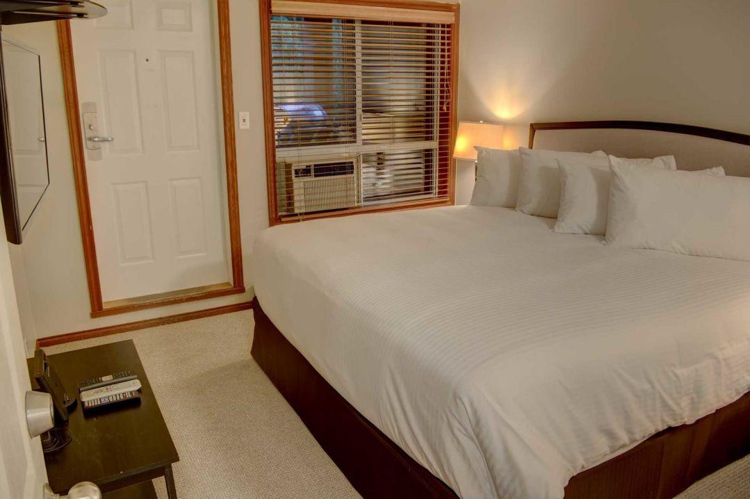 Glacier's Reach 1 Bedroom Unit 101A BR3