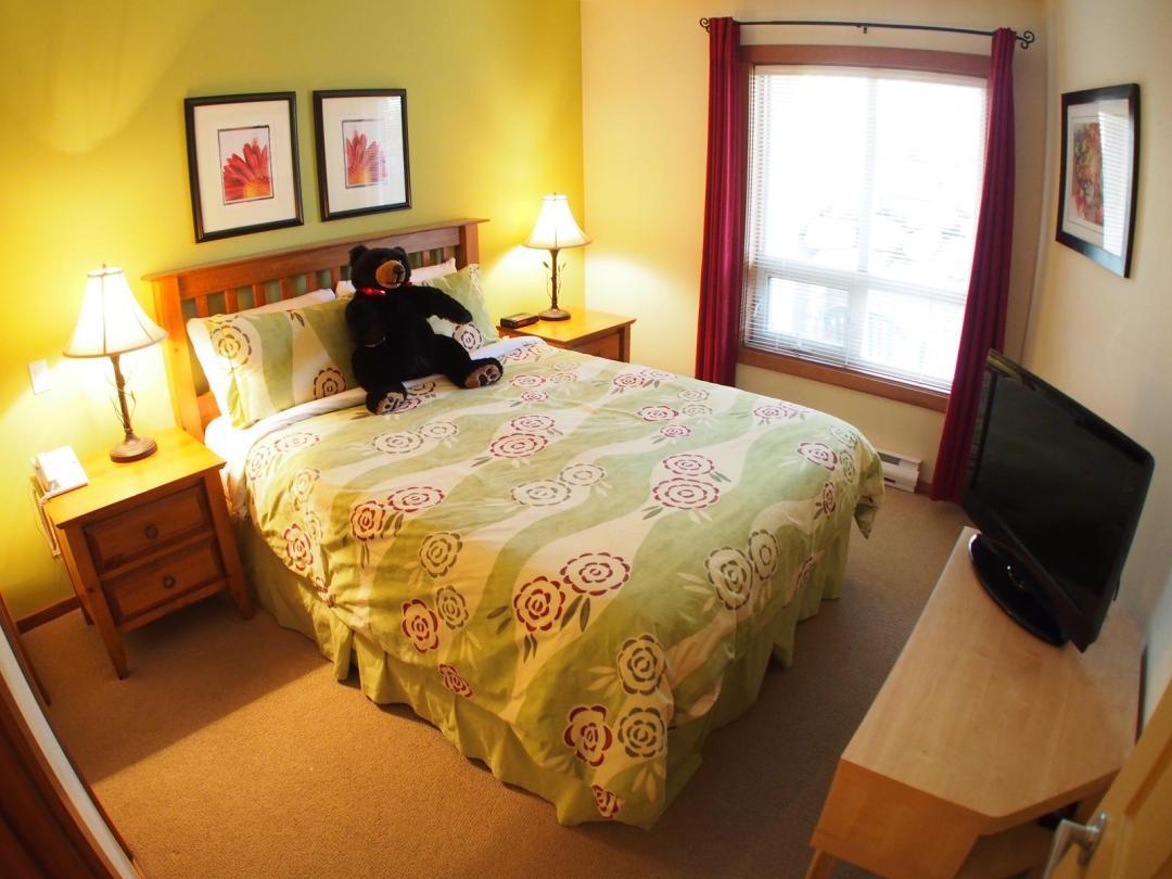 Fireside Lodge 2 Bedroom Unit #109 BR