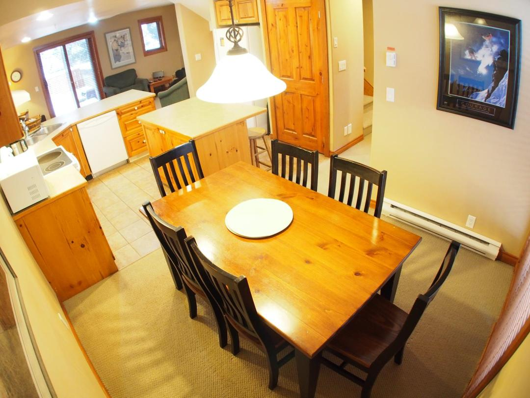 Timberline Village 3 Bedroom Unit #40 DR